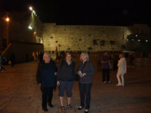 Klagemuren Elisabeth Oda og Greta